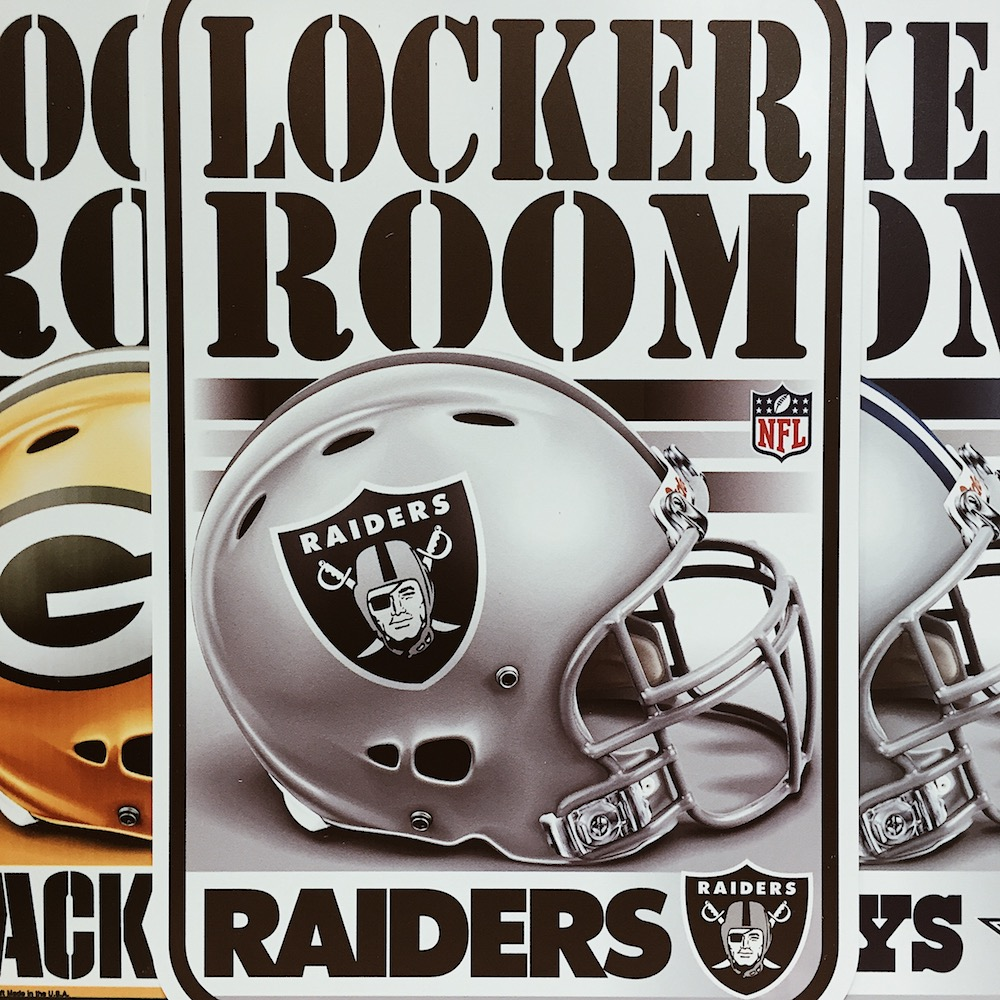 NFL Locker Room Schild Berlin fanworld