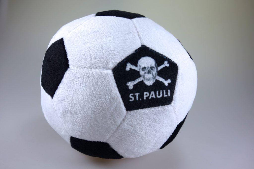 St. Pauli Plüsch-Fußball in Berlin kaufen Spielzeug Baby