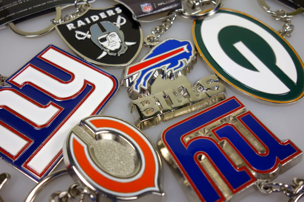 NFL Schlüsselanhaenger Football in Berlin kaufen NY Giants, Packers, Raiders, Steelers, Buffalo Bills, Chicago Bears