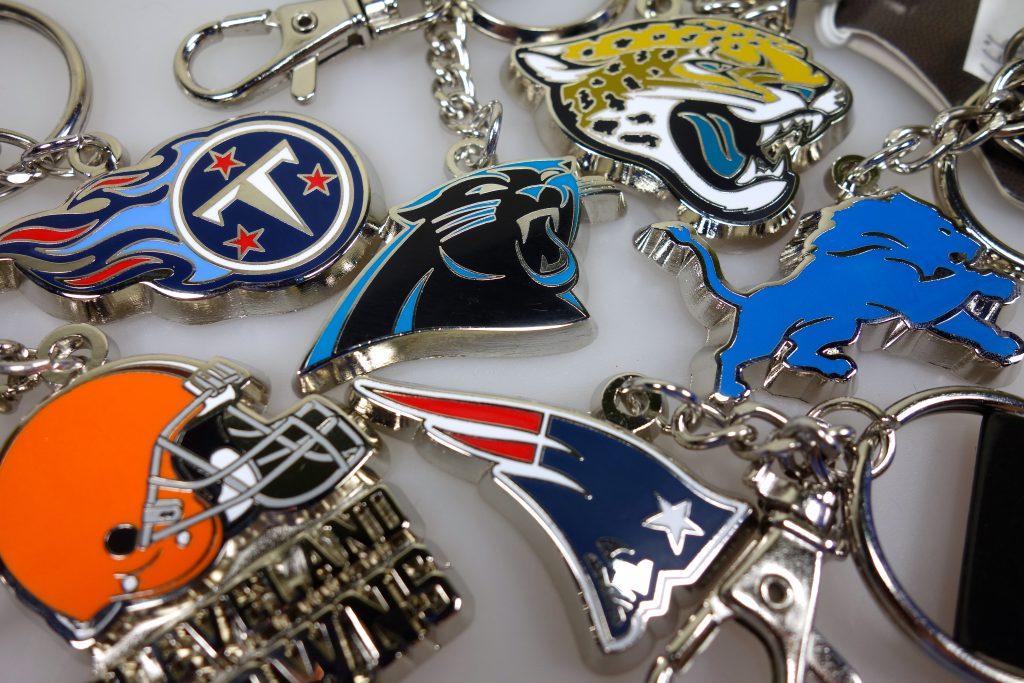 American Football NFL Team Schlüsselanhaenger in Berlin kaufen