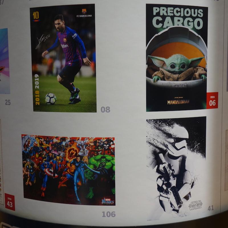 mehrere Poster Lionel Messi, Mandalorian Grogu, Marvel Charakters, Star Wars